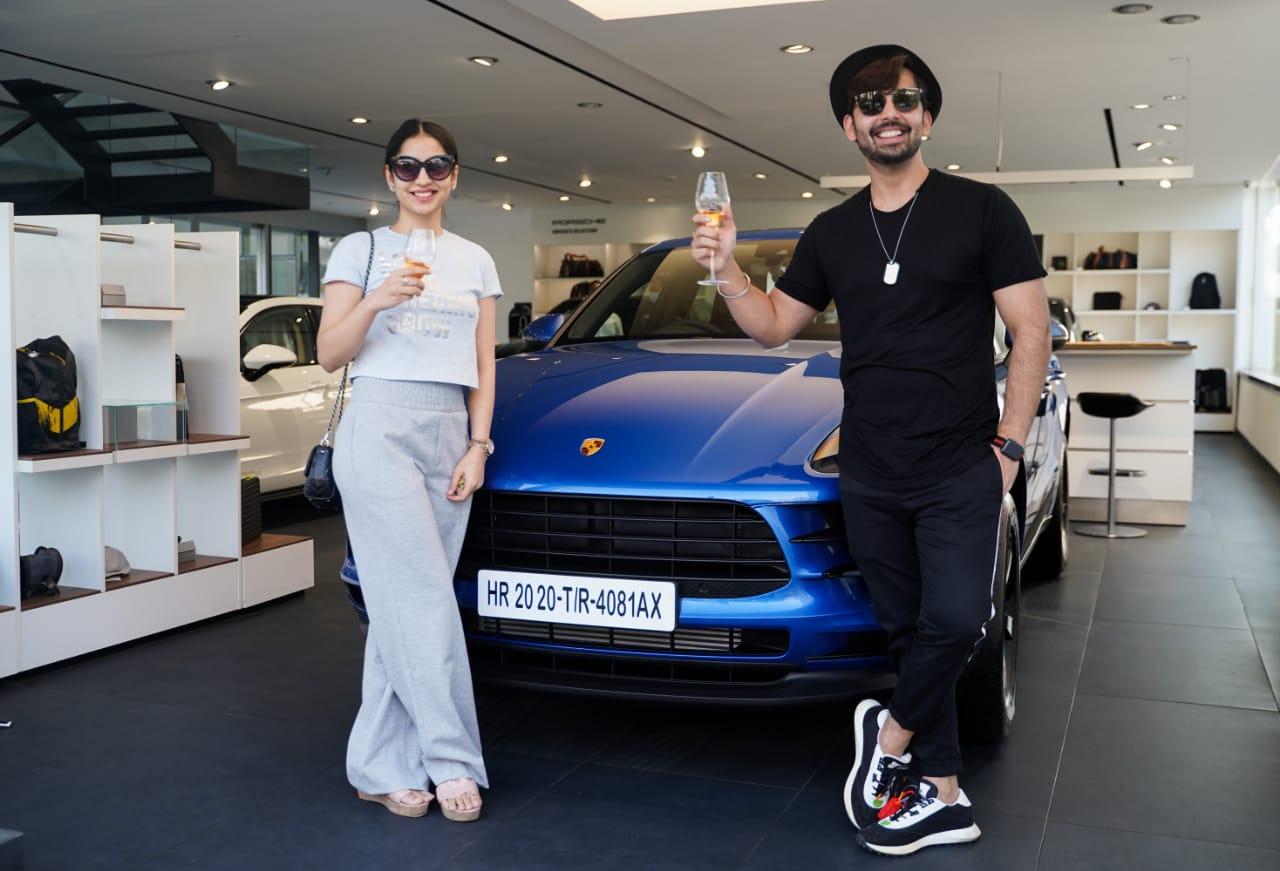 Himansh Kohli new car