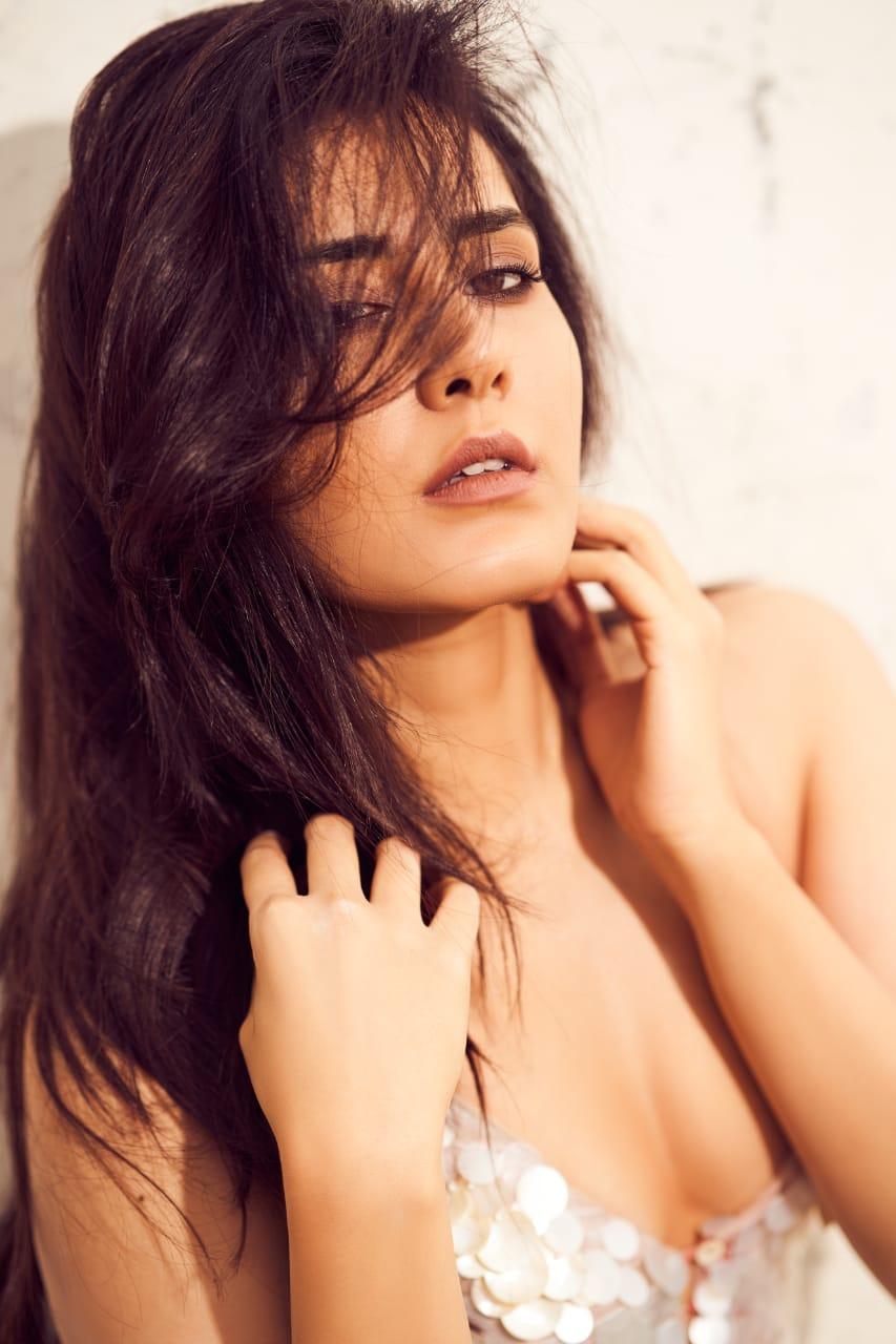 Rashi Khanna latest photoshoot3